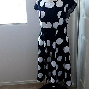 SIGNATURE BY ROBBIE BEE POLKA DOT DRESS